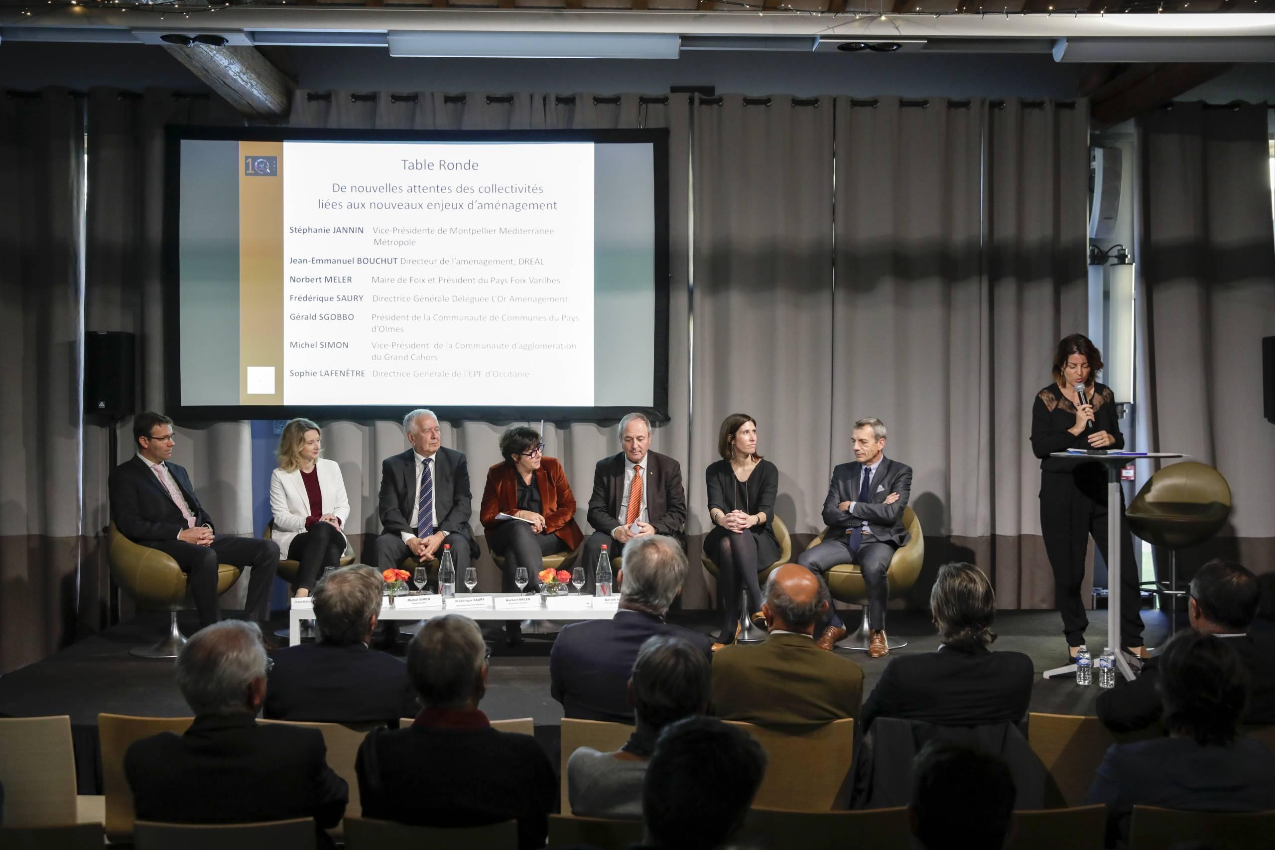 En 2018, à l'occasion de ses 10 ans, l'Etablissement Public Foncier (EPF) d'Occitanie m'a confié l'animation de deux tables-rondes sur les attentes des élus (renouvellement urbain, biodiversité, reconversion de friches, redynamisation des centres bourgs, etc.)